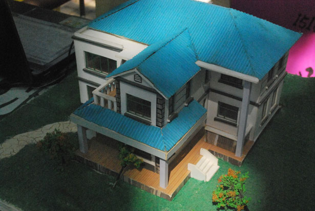 scale-model-house